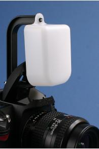 OM-MF1 Omnibounce Flash Diffuser For SLR Cameras With Built-In Flashes